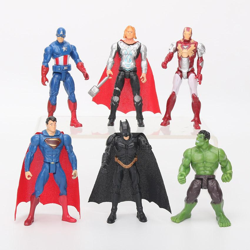 MARVEL Avenger DC GIOCATTOLI SUPERHEROS Action figure Batman Ironman Hulk Superman