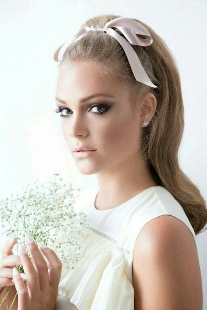 The Sixties are Back for Wedding Hair and Makeup