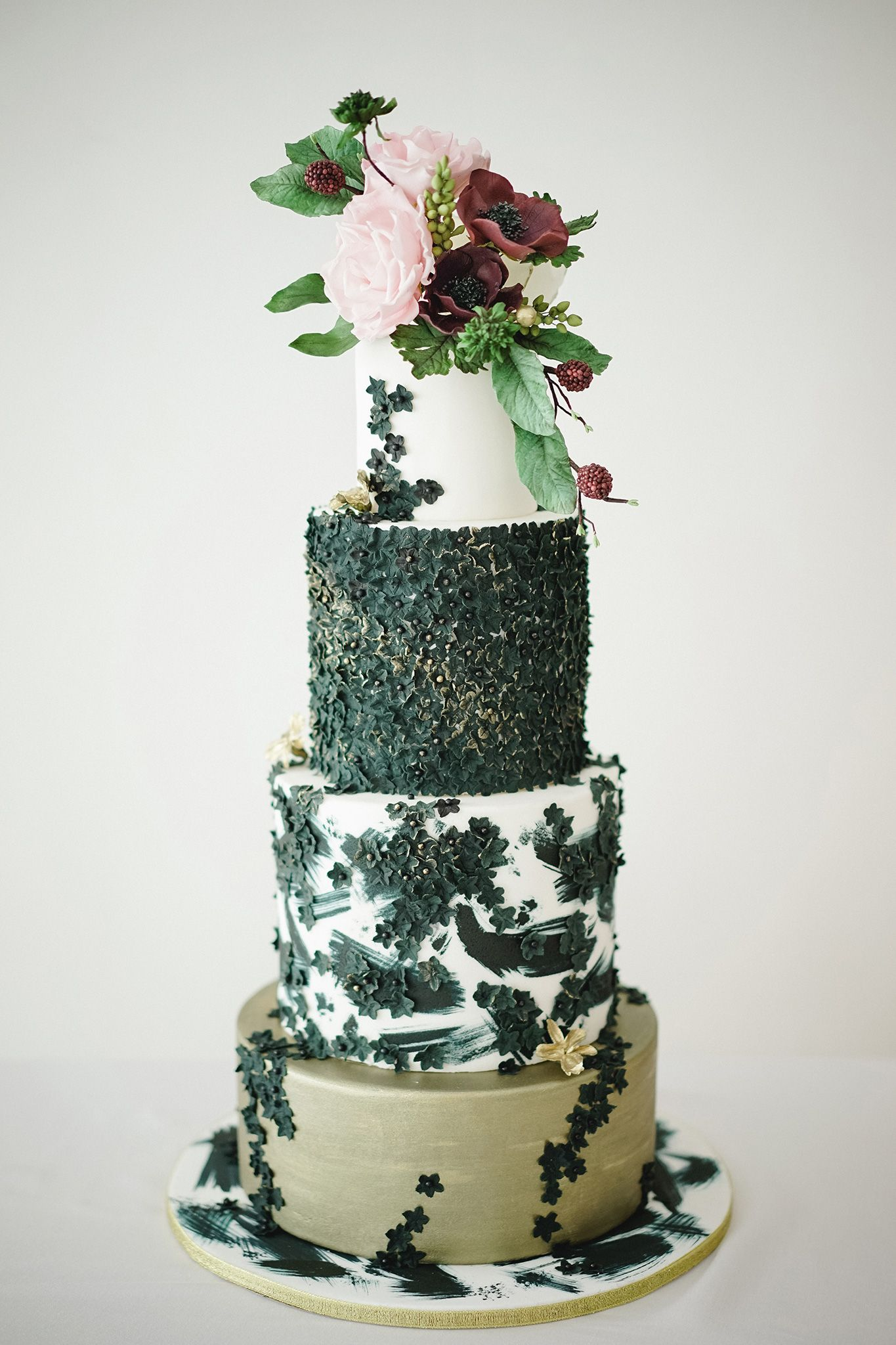 Romantic Glam Wedding Cake