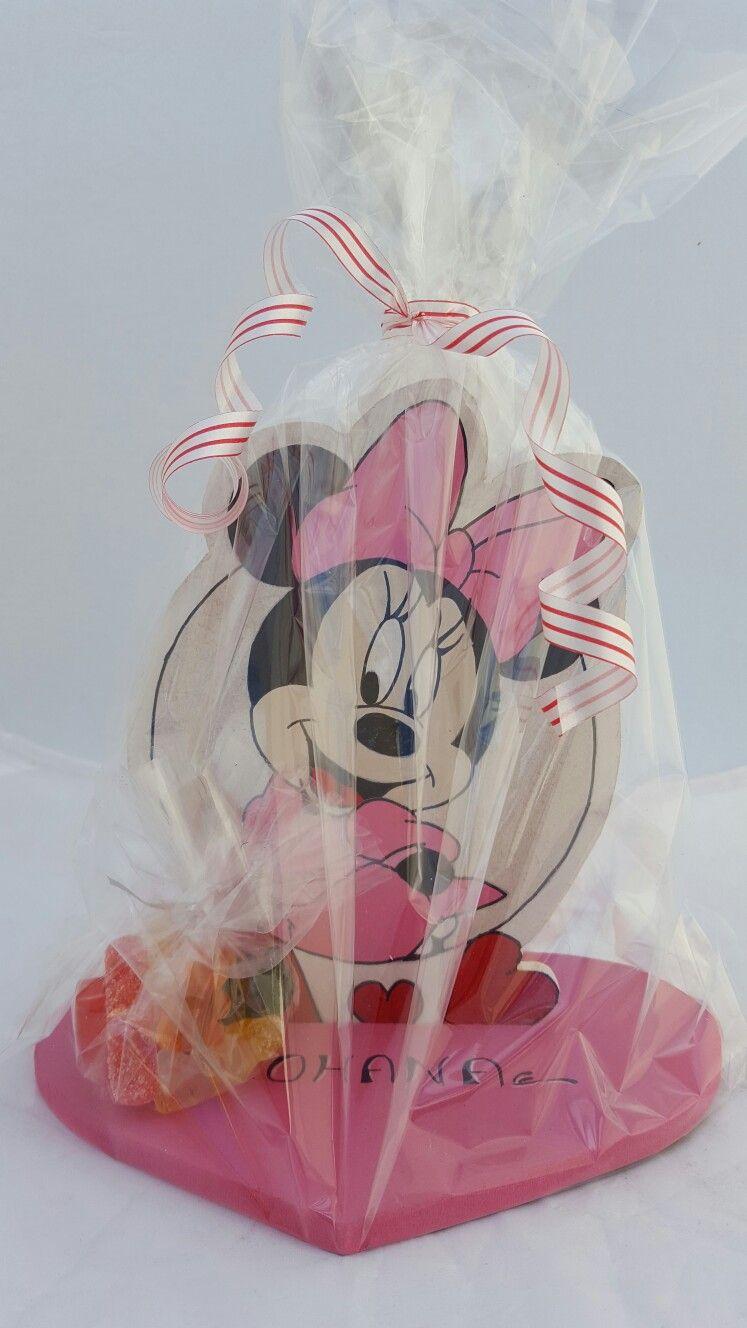 Presentoir minnie bonbons emballer.