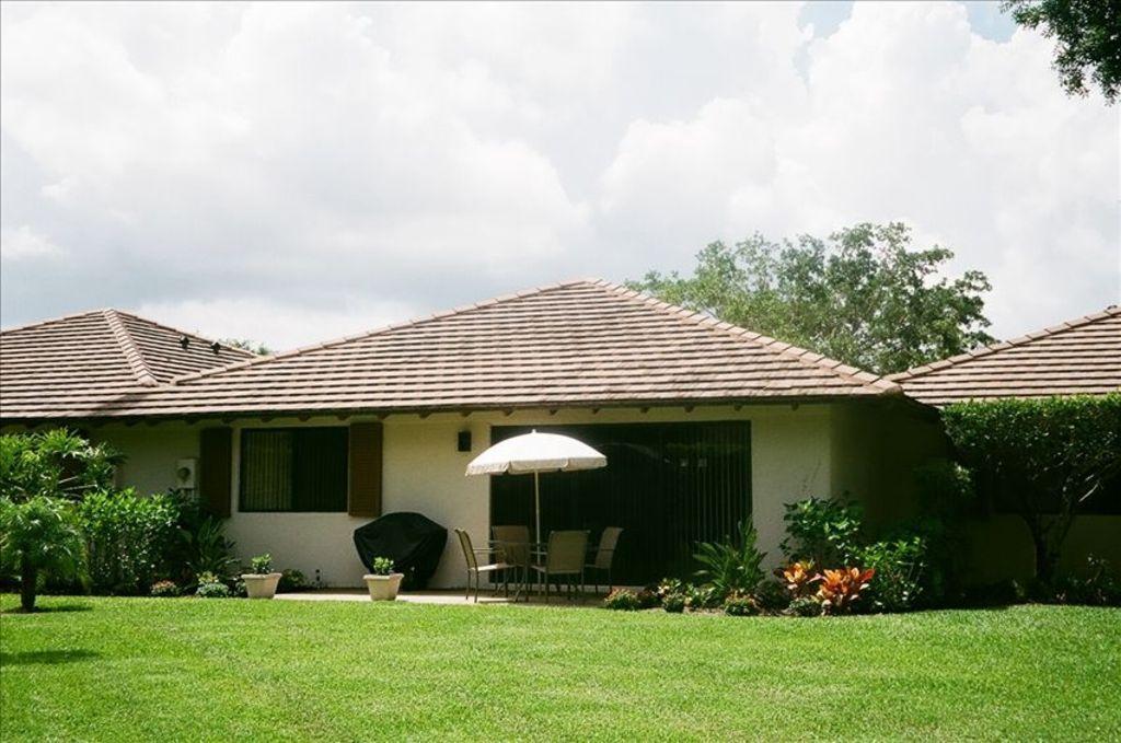 fbd85d105f215fdd6d2a9a28f5d417e1 - Palm Beach Gardens Florida Rental Properties
