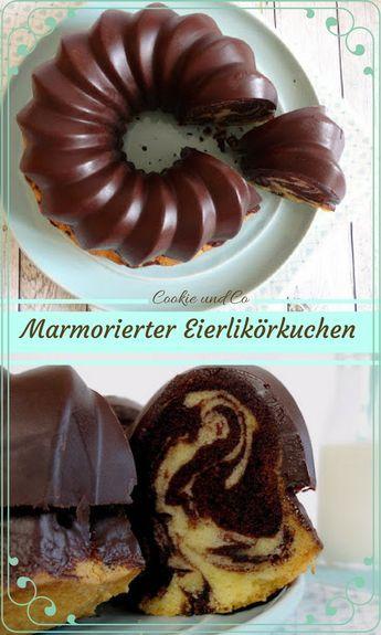 Marmorierter Eierlikörkuchen mit Schokoglasur