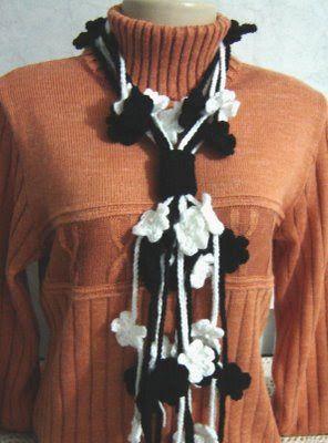 Artesanato Fofo: Cachecol de florzinhas em crochê