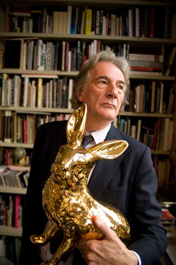 Sir Paul Smith Cbe Rdi Born In Beeston Nottinghamshire On 5 July 1946 Is An English Fashion Designer Whose Bu With Images Paul Smith Paul Smith Bag Paul Smith Dress