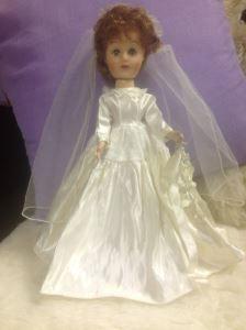 Alte Barbiepuppe - Wert? http://sammler.com/spielzeug/puppen.htm#Leserbriefe