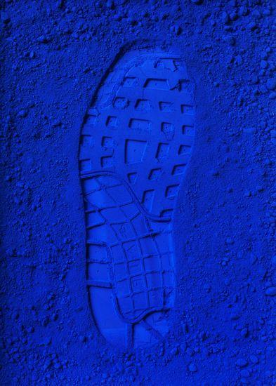 BLEU KLEIN IMAGE bleu klein se rapprochant du bleu utilisé en ...