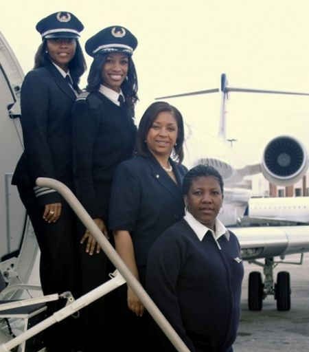Image from http://thefabgirls.files.wordpress.com/2012/02/black-female-crew-delta.png.