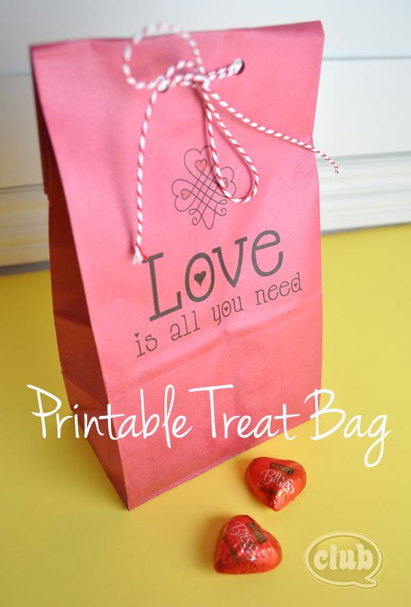 How to Print on Paper Bags with Free Printable | Club Chica Circle - where crafty is contagious