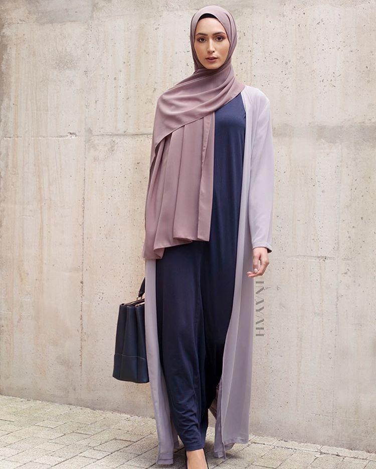 Galerry slip dress hijab