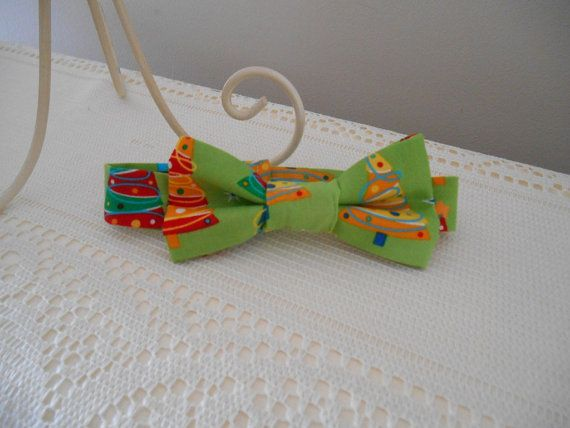 'Christmas Inspired' Boys Bow Tie ComfyBabes@etsy.com.au #boys #bowtie #christmas