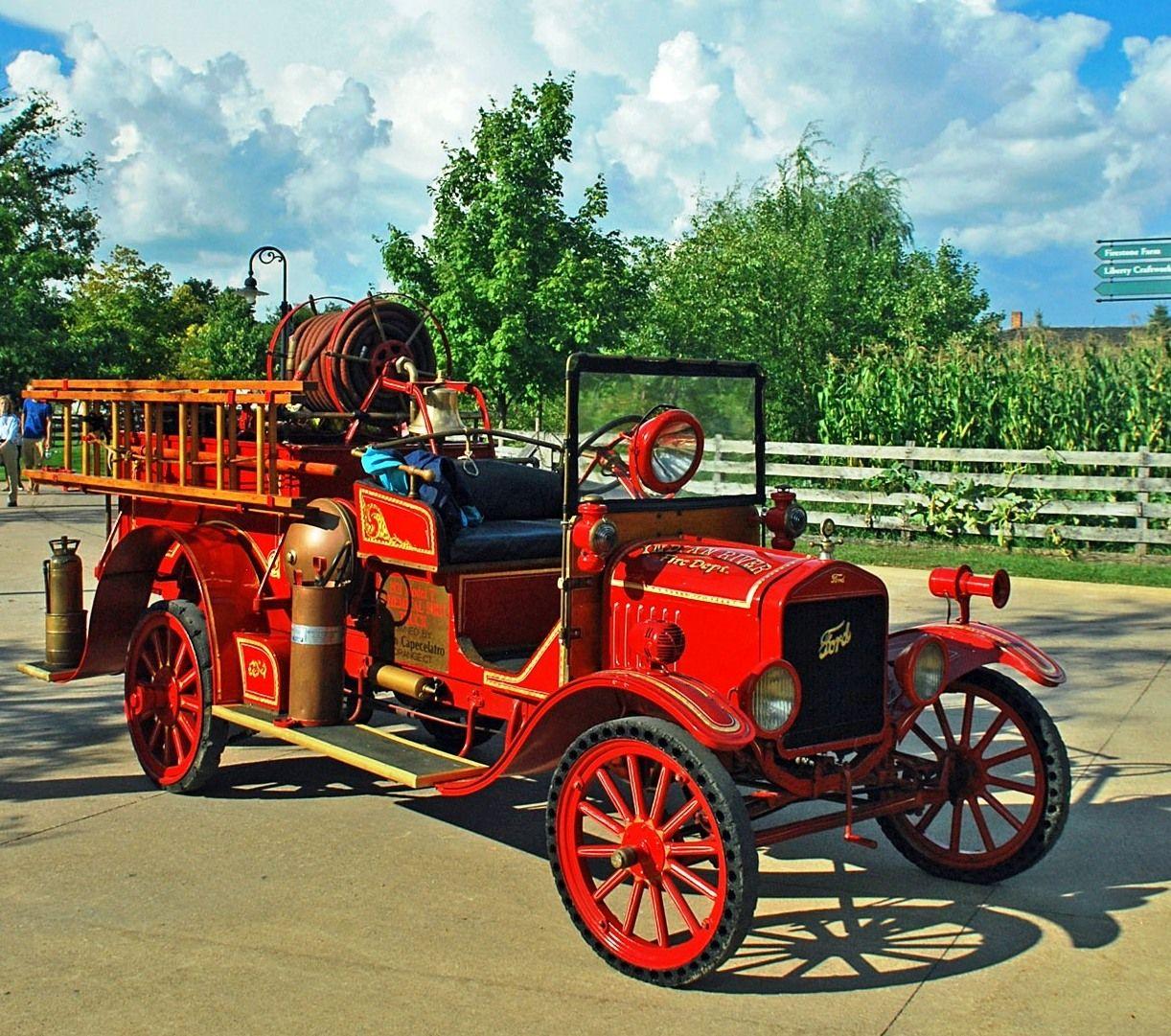 1921 Ford Model T fire truck. Note the big spotlight.... | Diecast ...