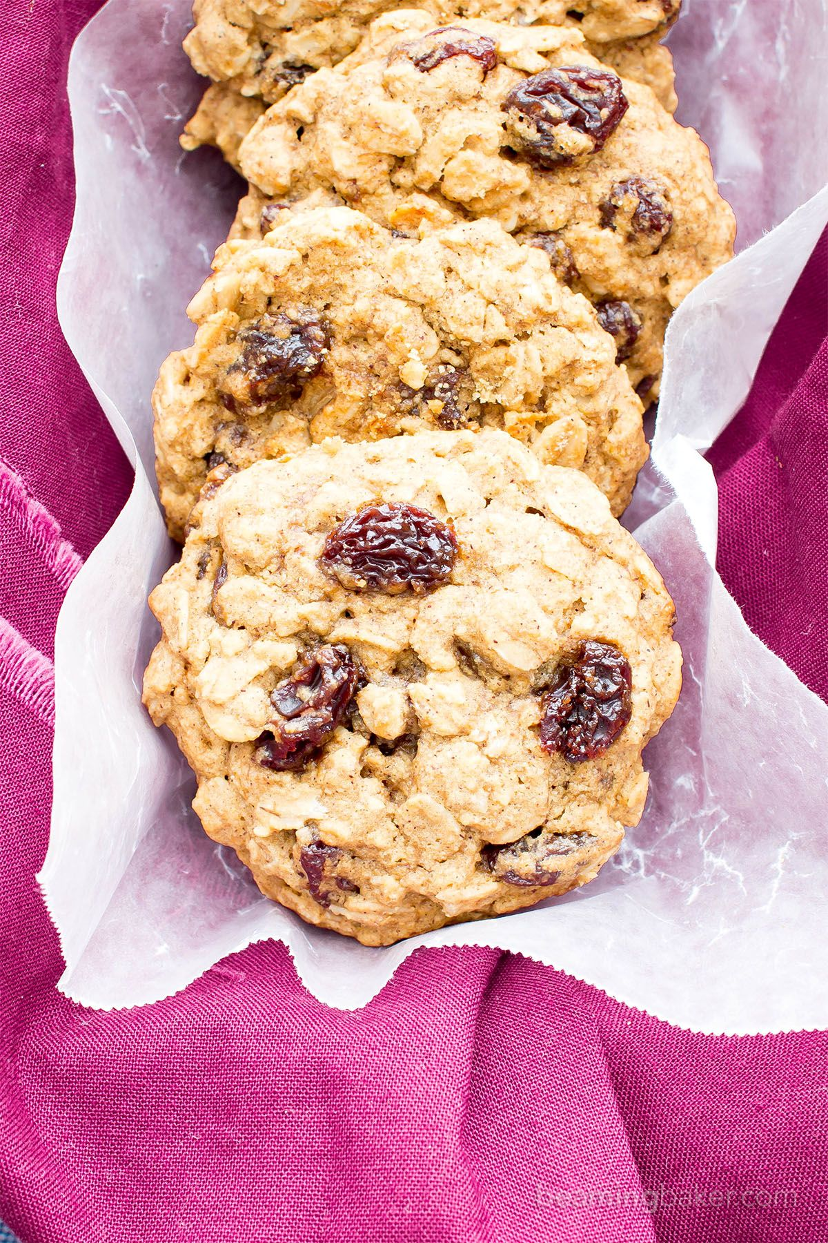 Easy gluten free vegan oatmeal raisin cookies v gf df
