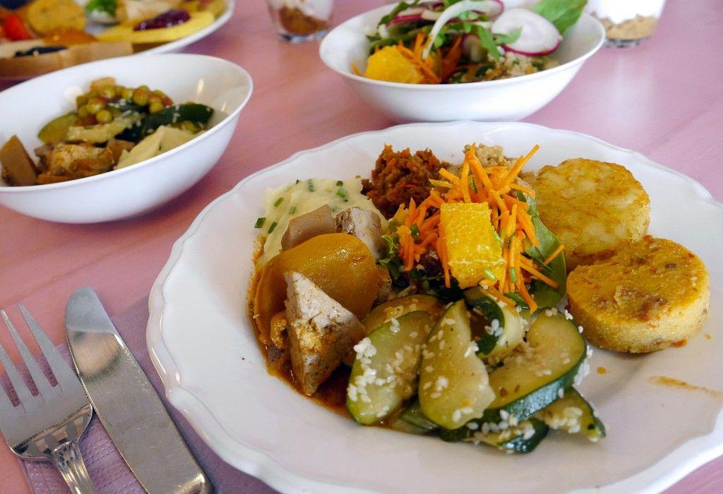 Top 10 vegan bars and restaurants in Berlin #vegan #germanfood ...