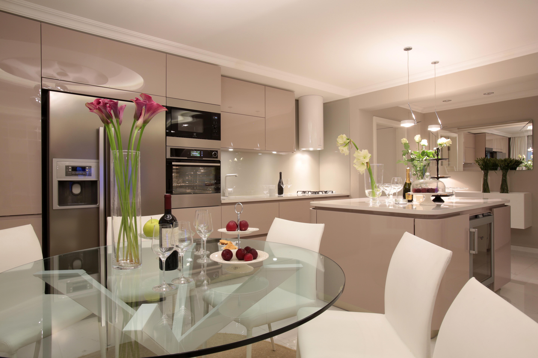 interior design kitchen whit dining area  photo; by Saša Ćetković