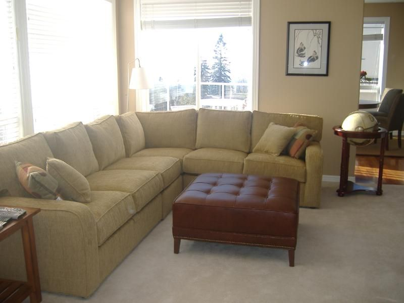 Ethan Allen Retreat Sectional With Track Arm