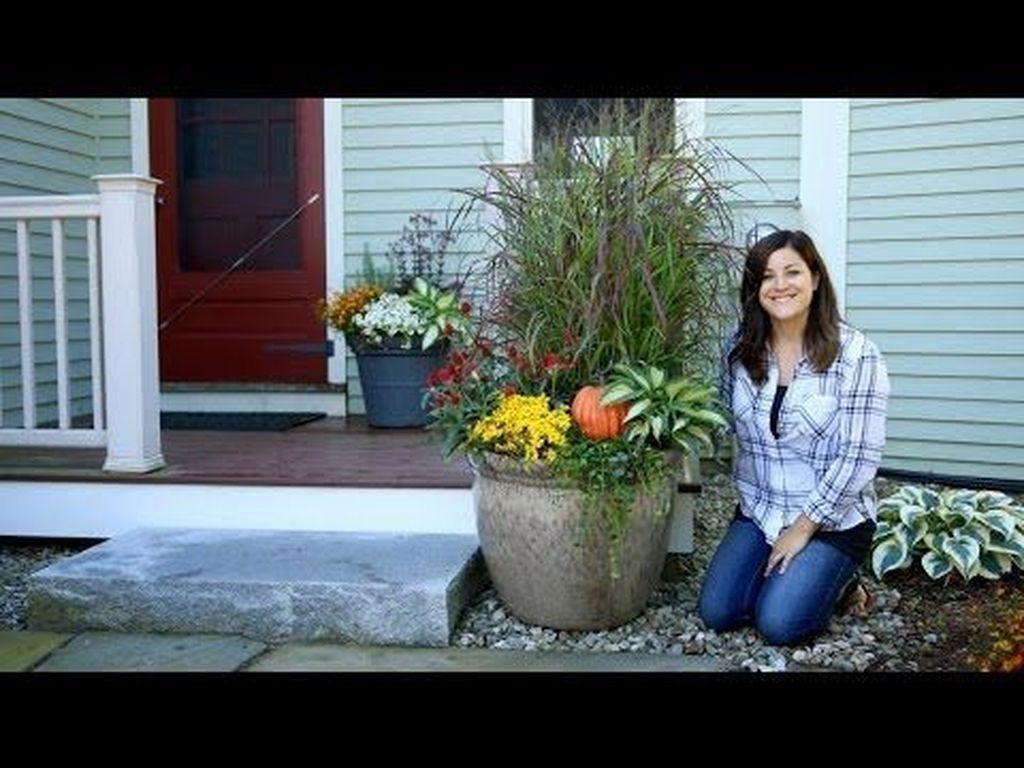 Awesome 30+ Beautiful Creative Fall Window Box Planter