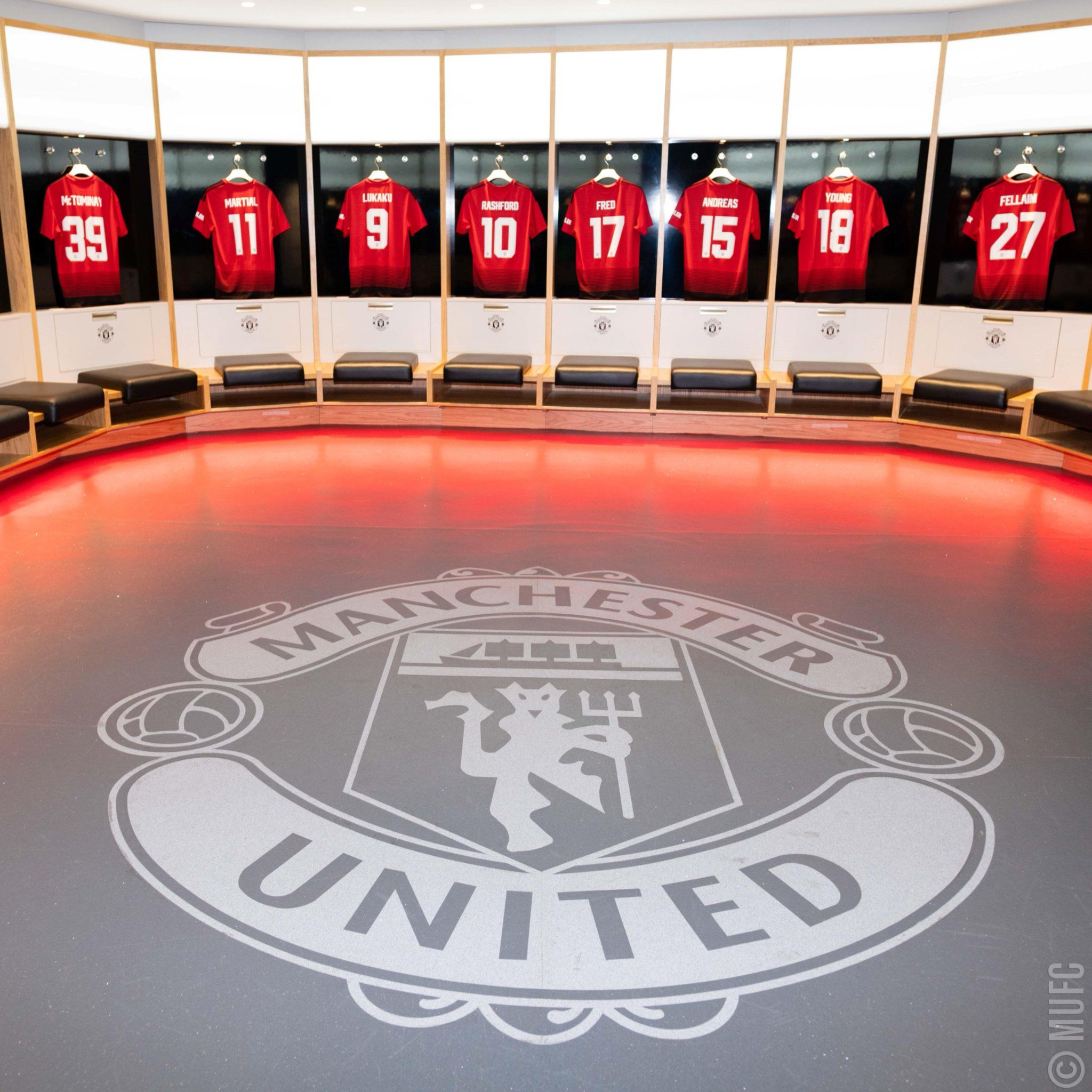 Pin By Tony Wodwaski On Manchester United Football Club Mufc Manchester United Manchester United Team Manchester United Fans