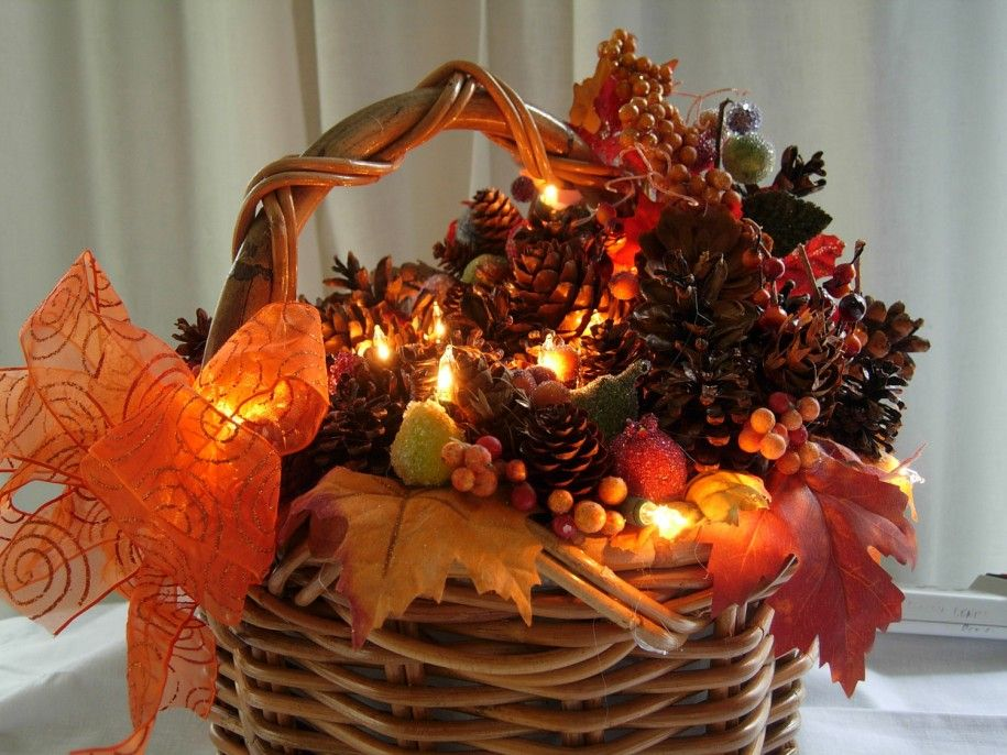 dining room lovely homemade christmas basket ideas with wicker - Christmas Basket Decorations