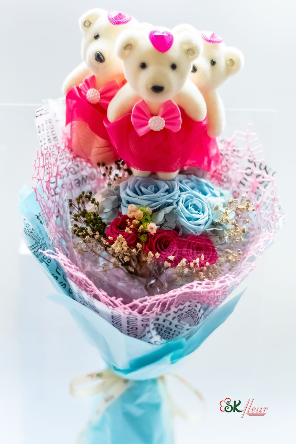 Includes 3 Cute Bear and 1 Preserved Rose Bouquet