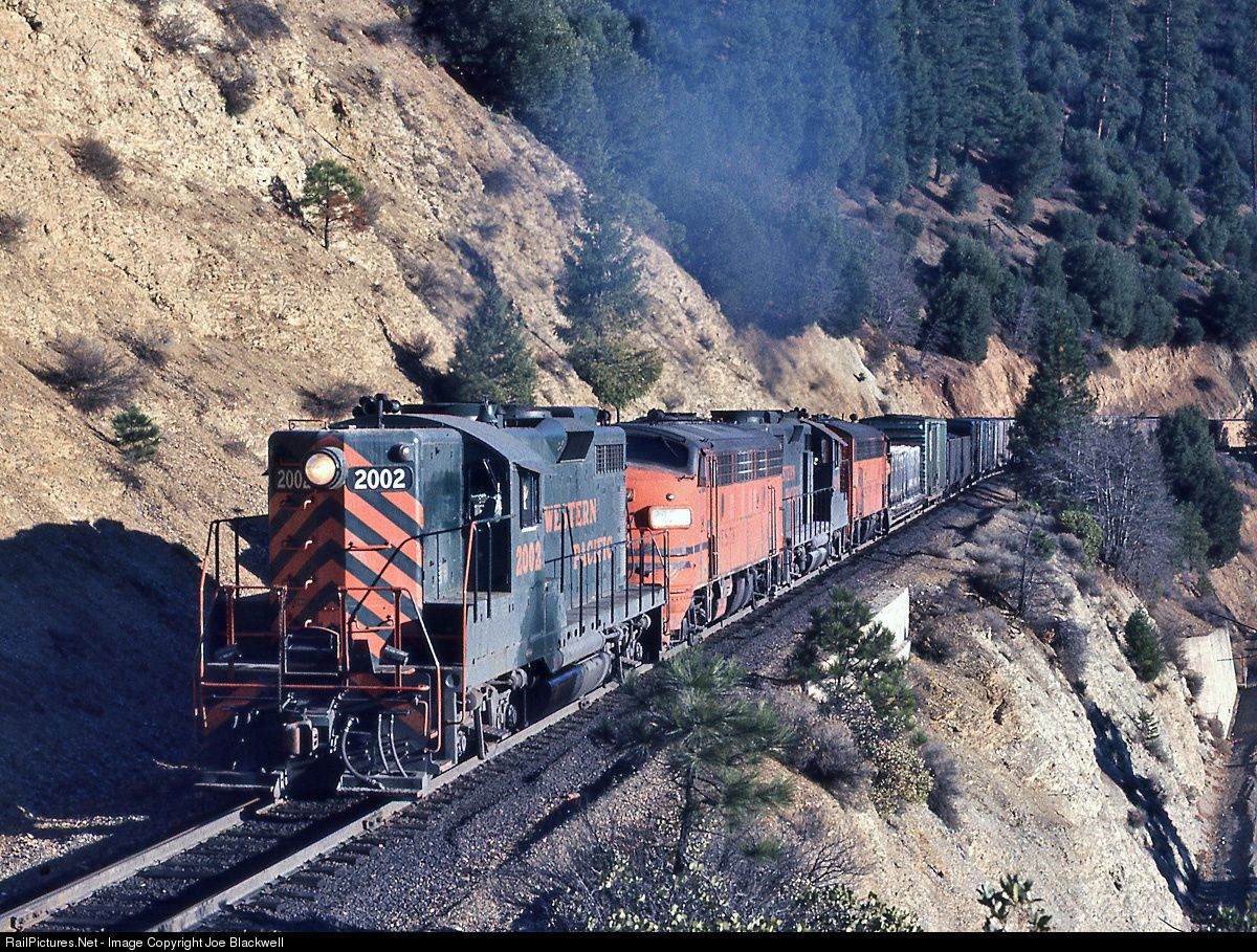 RailPictures.Net Photo: BNSF 791 Western Pacific EMD GP20 at Keddie, California by Joe Blackwell