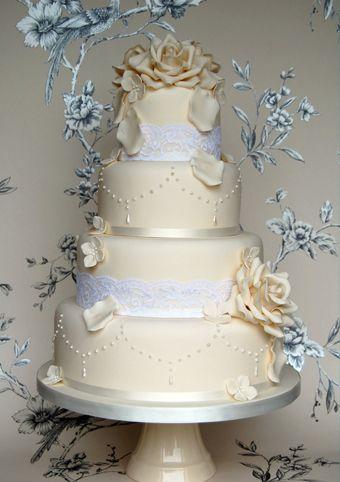 Sweet Tiers Cakes Wedding Cupcakes Bespoke Based In Buckinghamshire