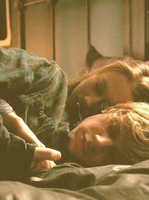 Tate Langdon (Evan Peters) and Violet Harmon (Taissa Farmiga) from American Horror Story