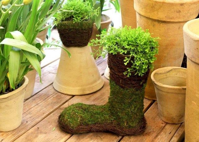 Frühlingsdeko-Ideen Haus Garten Moos Stiefel Form | Frühling