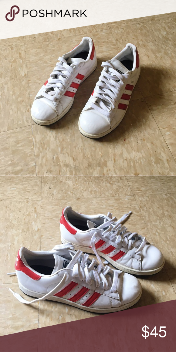 Adidas Red Campus I got these in France and they say size 7 but they're way too big on me so it'd most likely fit size 8.5-9 Adidas Shoes Sneakers