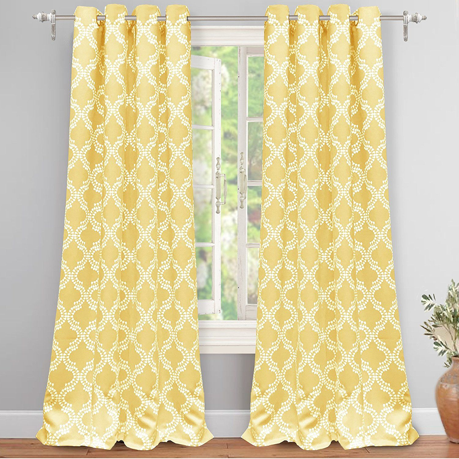 Amazon Com Driftaway Julianna Geometric Pattern Thermal Insulated Blackout Room Darkening Grommet Unlined Window Curtain Panel Curtains Cool Curtains Curtains