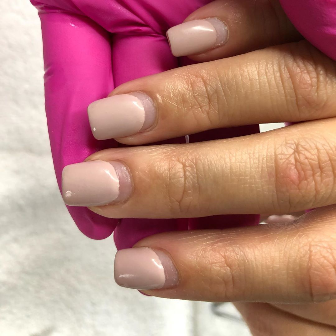 "KMM on Instagram: ""Before/ After #4weeks Color @dndgel #480 #nails #nailtech #ocalanails #acrylicnails #naillove #bluenails #starnails #shortnails…"""