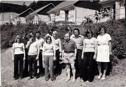 Erzieher/rin und Krankenschwester eines DDR Ferienlager
