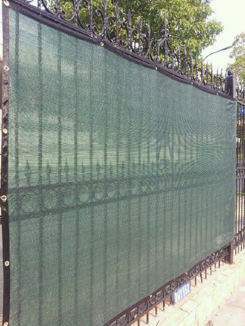 Privacy screen for chain link fences - Green Screen