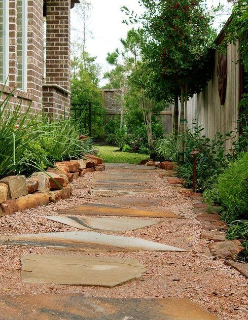 side yard landscape design