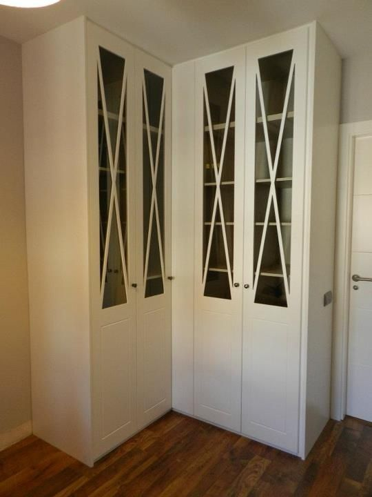 Armario rinconero con puertas aspas lacadas en blanco - Armario blanco pequeno ...
