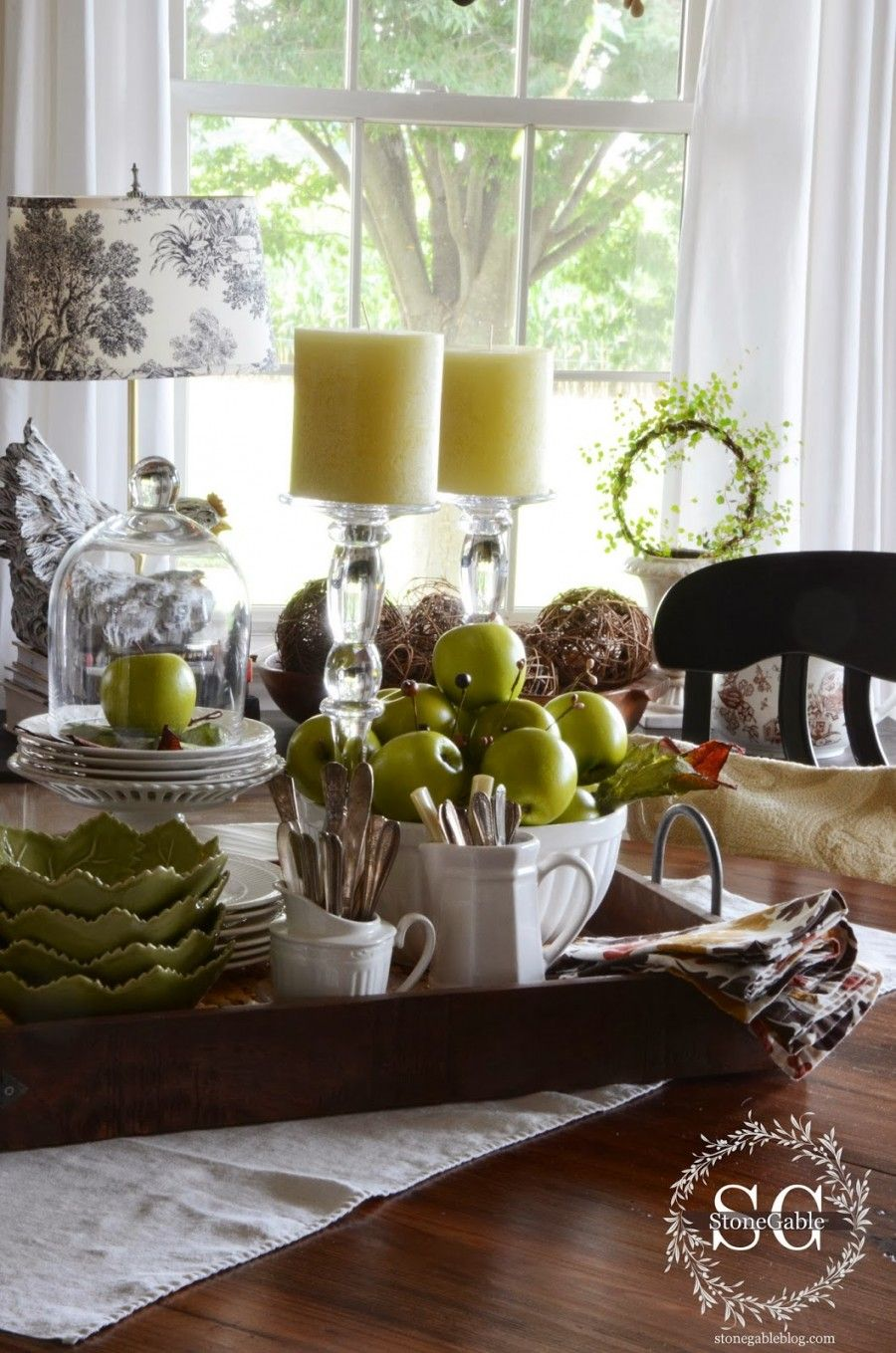 Fall dining room table decorating ideas - Room
