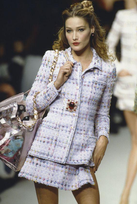 Carla Bruni 1990 Chanel Vogue Style Fashion Vogue Fashion 90s Fashion
