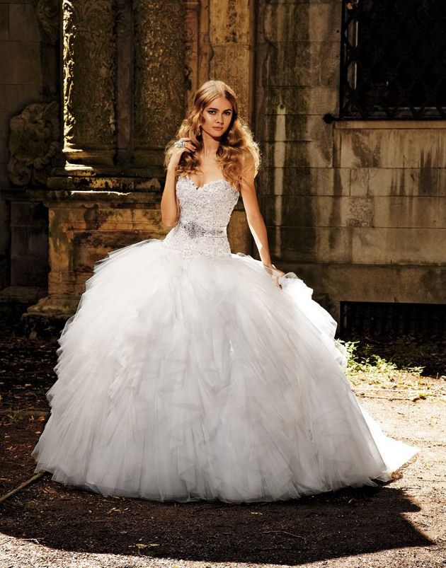 Beautiful Amalia Carrara Eve of Milady Wedding Dresses