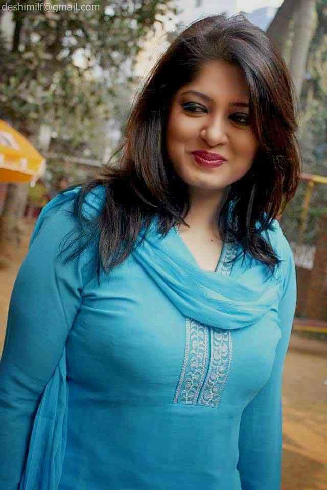 Bangladeshi Woman  Desi Aunties In 2019  Pakistani Girl -5063