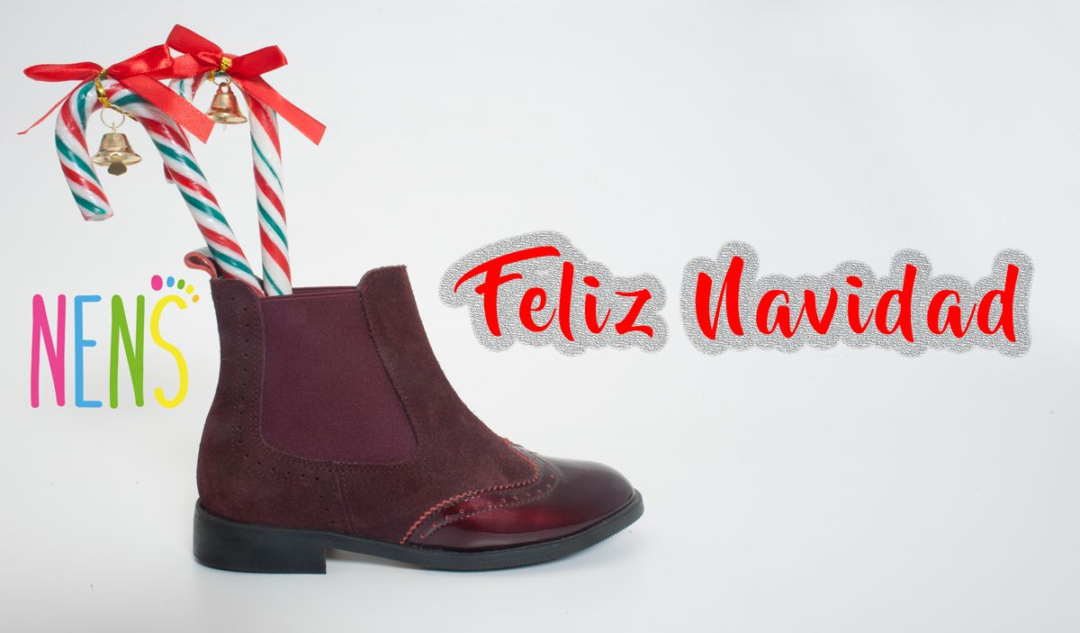 MERRY CHRISTMAS  NENS leather Brogue Chelsea boots. Ever so elegant!