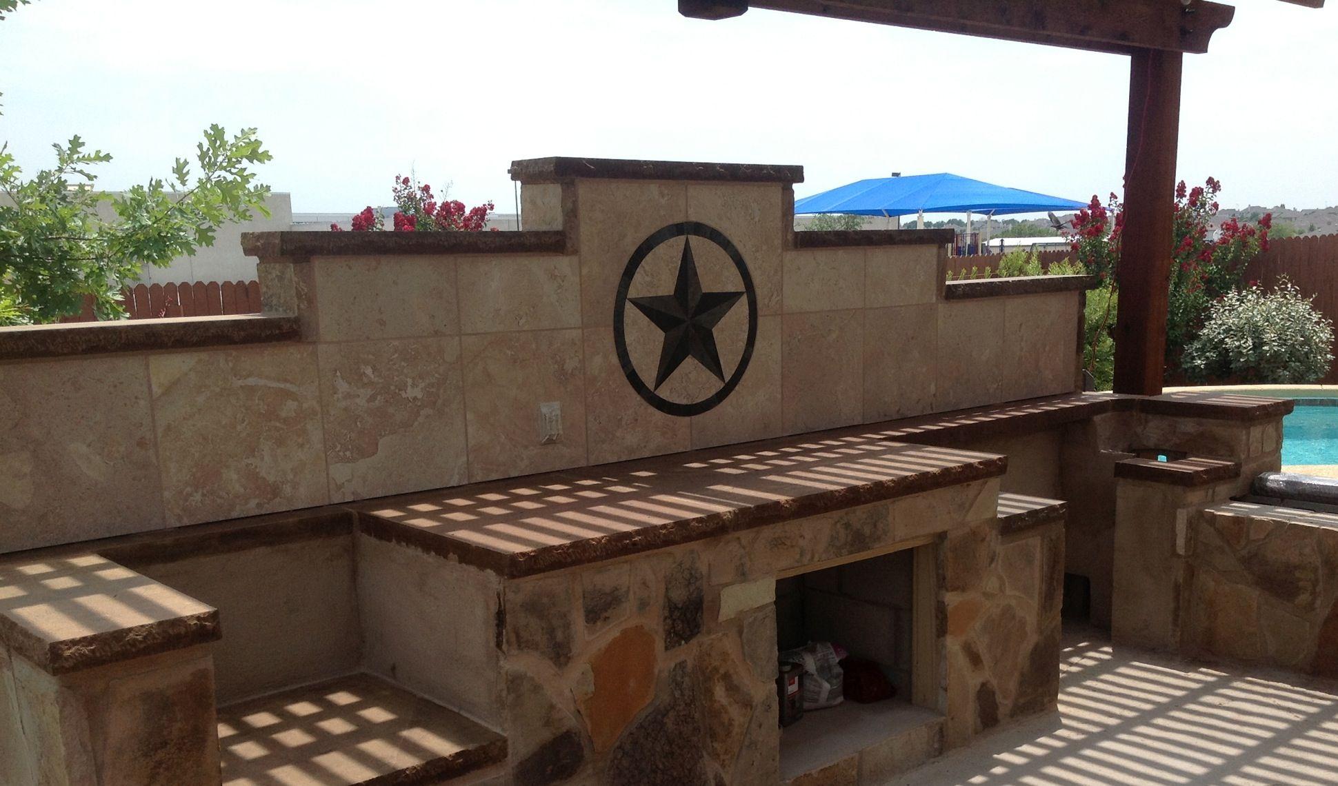 24 texas star in backsplash of outdoor kitchen texas star outdoor kitchen backyard living on outdoor kitchen backsplash id=69272
