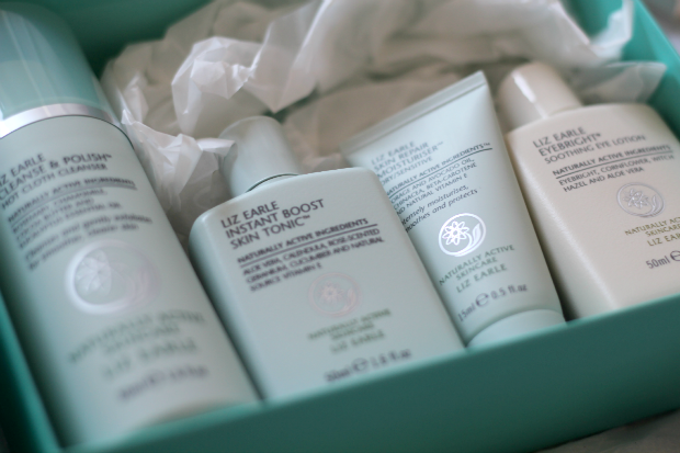 Liz Earle, skincare, review, cleanse and polish, tonic, hot cloth, muslin, eye boosting, moisturiser, dry skin
