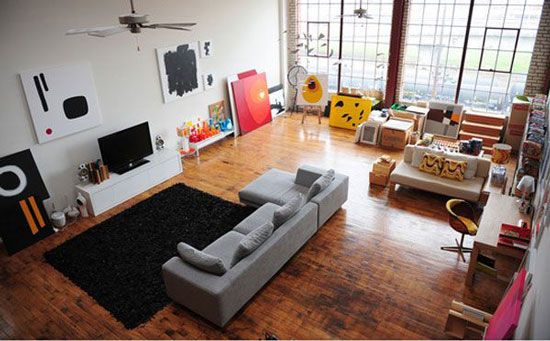 24 gorgeous living rooms you want to sit in whole day living room design ideas 2 amber wooden floor white fur rug coin grey couch with four pillow white