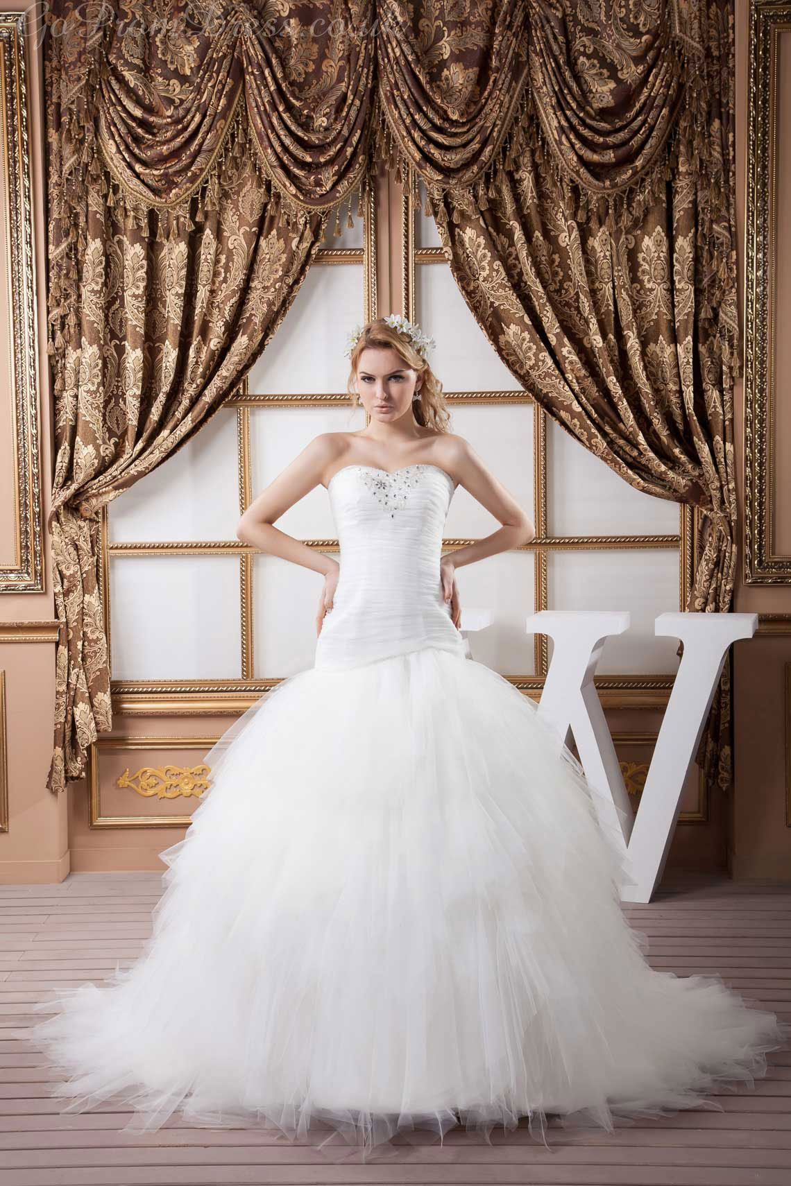 Plus size white wedding dresses  Ball Gown Tulle Sweetheart Dropped Waist Chapel Train Laceup