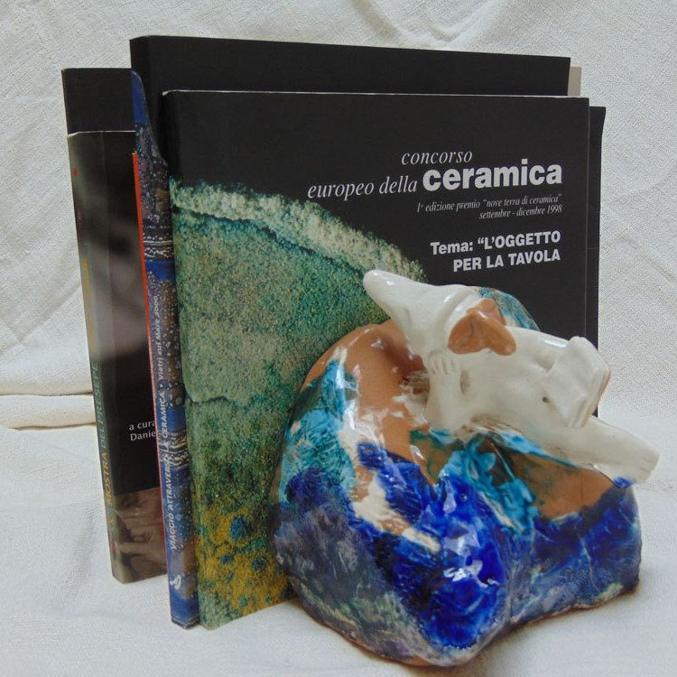 Pulcinella Bookends-Ceramic Gift-Ceramics And Pottery Decorative bookends is a wonderful accent  in your home or office di PulcinellaCeramics su Etsy