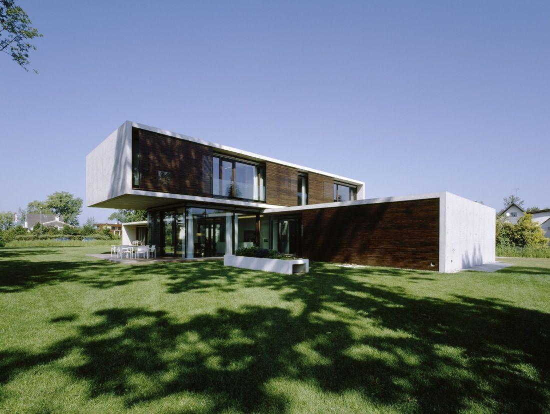 House LK / Dietrich Untertrifaller Staheli Architekten