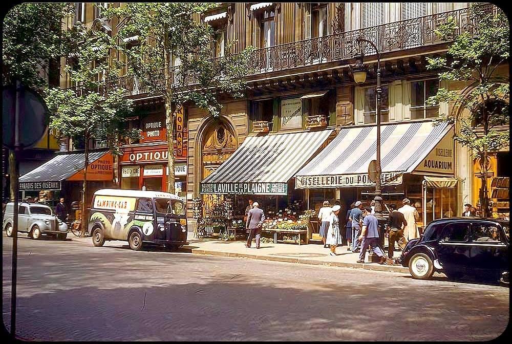 Paris-Quai de la Mégisserie 1956