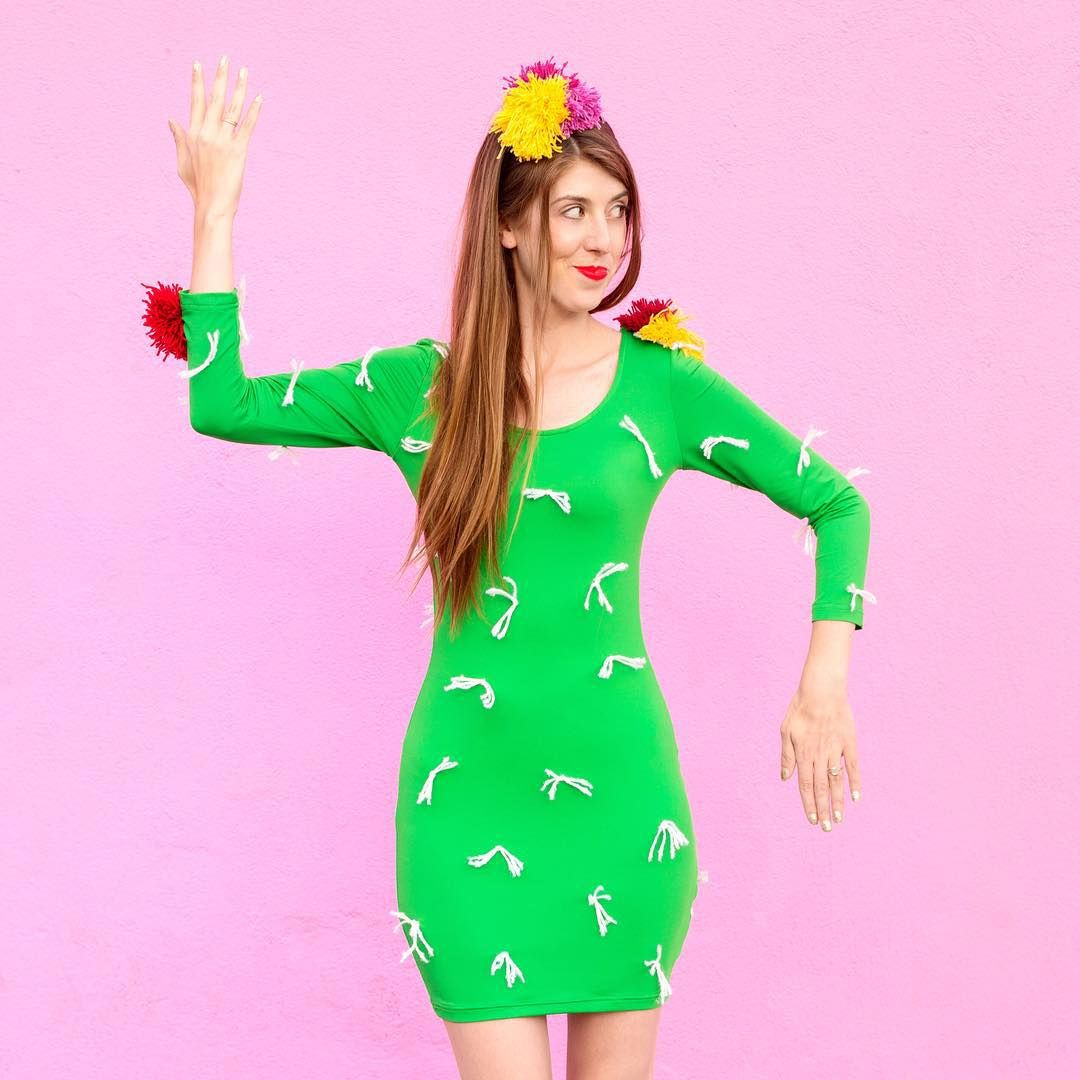 """""""As IF you thought there wouldn't be a cactus costume in the #studiodiyincostume mix this year!! We worked with @commonthreadusa to turn a green dress into…"""""""