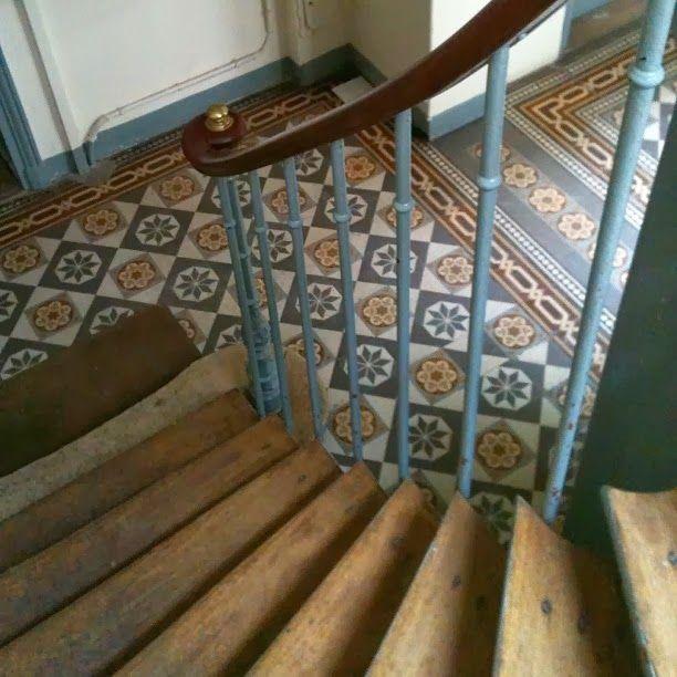 This Is Home Decoration Maison Escalier Carrelage Et