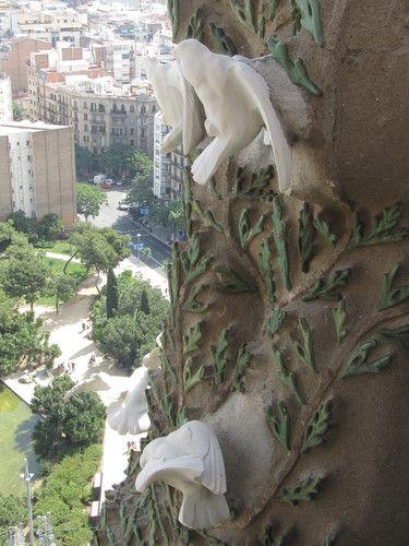 La Sagrada Familia Reviews Barcelona Spain Gogobot La Sagrada Familia Amazing Travel Destinations Skyscanner