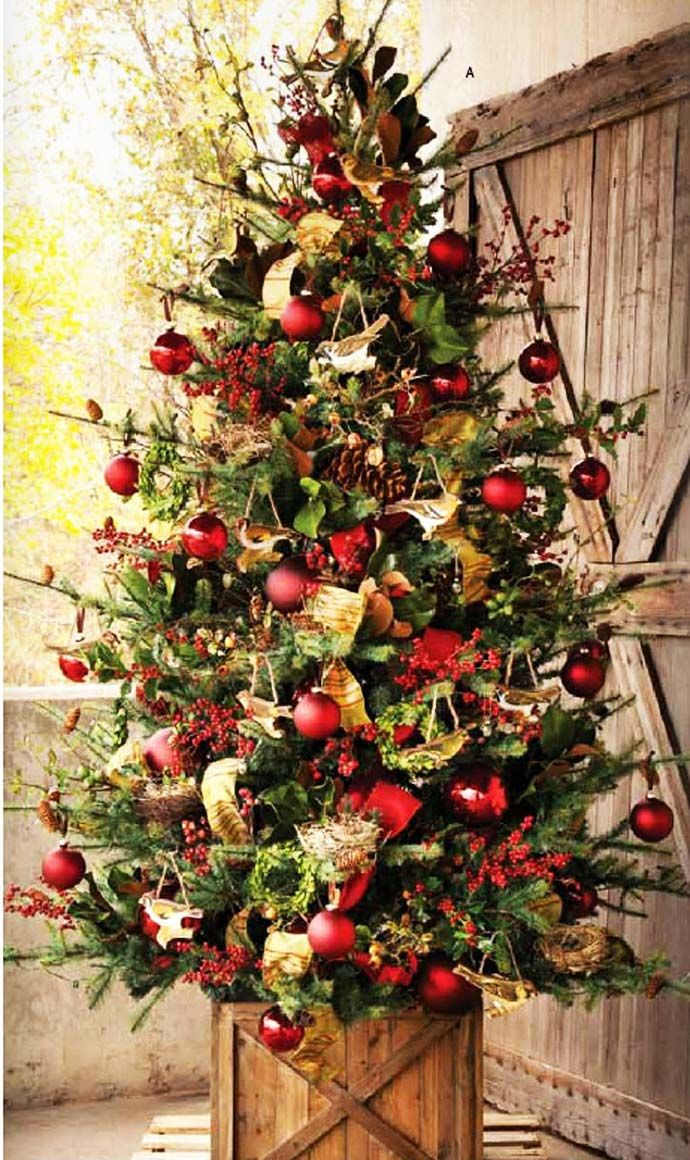40 fabulous rustic country christmas decorating ideas christmas tree gold and red christmas - Country Christmas Tree Decorations